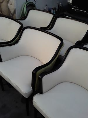 8 Chairs Great Deal. for Sale in El Monte, CA