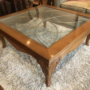 Antique Gorgeous Table With A Beautiful Design for Sale in Costa Mesa, CA