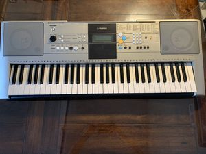 Keyboard piano musical instrument for Sale in Huntington Beach, CA