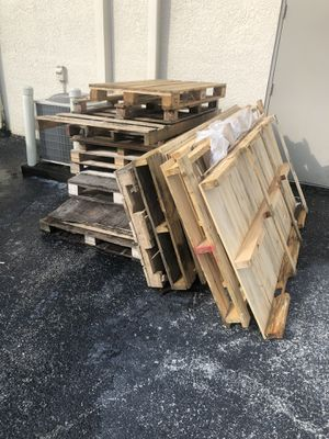 Free Pallets for Sale in Tampa, FL