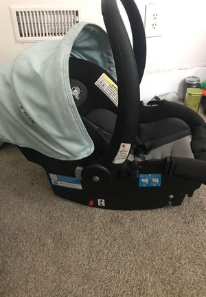 Free Car seat for Sale in Detroit, MI
