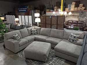 Sectional Sofa with Ottoman, Platinum for Sale in Santa Fe Springs, CA