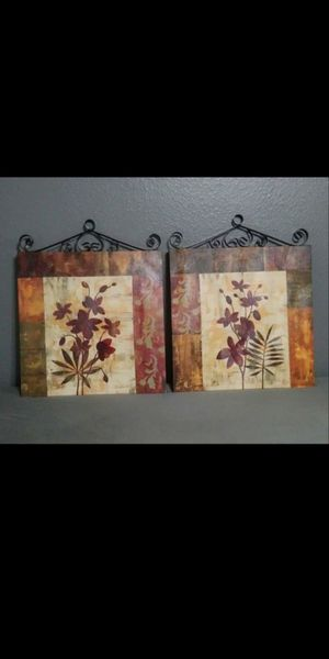 """New Two canvas wall decor& metal 17.5"""" x 22""""( each) $20 for both for Sale in Mesa, AZ"""