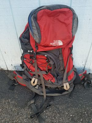North Face large back pack for Sale in Everett, WA