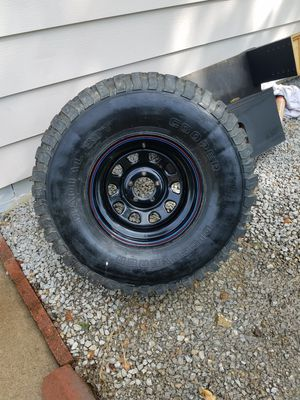 Spare 33x12.5/R15 Off-road Tire for Sale in Bartlesville, OK