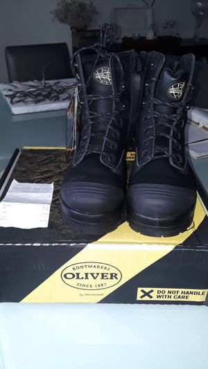 NEW steel work boots 9.5 for Sale in Artesia, CA