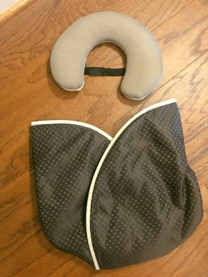 Baby car seat cover and head-shaped pillow for Sale in Washington, DC