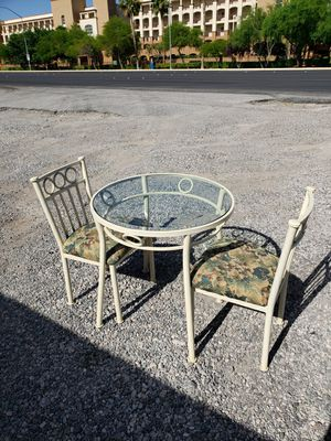 Durable table & chairs for Sale in Las Vegas, NV