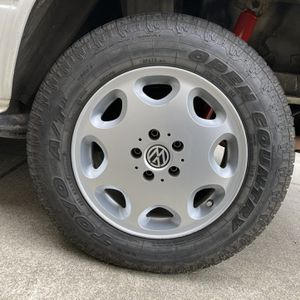 "16"" GoWesty Vanagon Alloy Wheels With 215/70/16 Toyo Open Country A/T Tires for Sale in Monterey, CA"