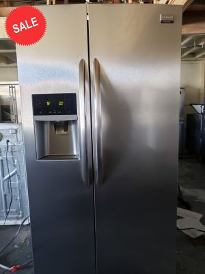 💎💎💎36in Wide Frigidaire Refrigerator Fridge Works Perfect #1454💎💎💎 for Sale in Riverside, CA
