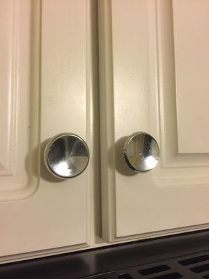 Cabinet Knobs/Pulls for Sale in University City, MO