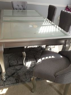 Beautiful Ashley's Dining Table And Chairs for Sale in Upper Marlboro, MD