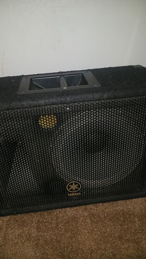 Yamaha 12 inch speaker in box for Sale in Bedford, VA