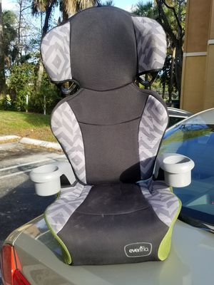 Toddler booster car seat. for Sale in Pompano Beach, FL