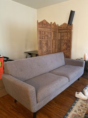 Grey modern couch for Sale in Los Angeles, CA