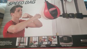 New speed bag over the door for Sale in Lakewood, WA
