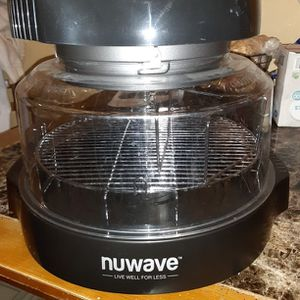 BRAND NEW (NUWAVE AIR FRYER) for Sale in Bloomington, IL