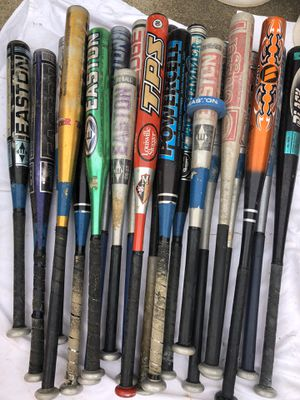 20 Aluminum bats. All different sizes & weights. for Sale in McKees Rocks, PA