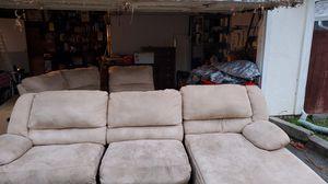 5 peice sofa recliner for Sale in Concord, CA