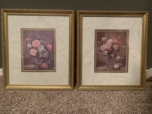 2 flower framed pictures for Sale in Mesa, AZ