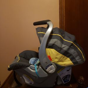 Baby Trend Car Seat for Sale in Augusta, GA