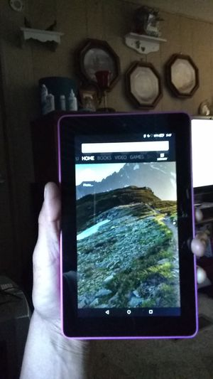 Amazon Kindle Fire 5th generation for Sale in Chandler, AZ