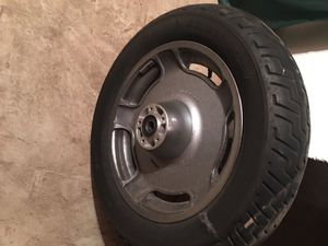 Stock rim and tire off Harley Road King for Sale in Hampton, VA