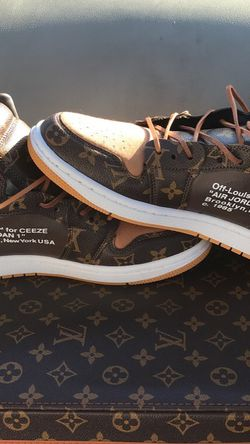 Louis Vuitton Size 8.5 Brand New Never Worn Selling For My Husband Ordered Wrong Size for Sale in Jonesboro,  GA