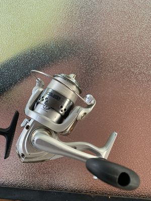 Two fishing reels for Sale in Miami, FL
