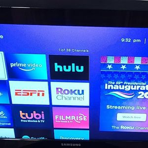 Samsung 32 Inch Smart TV for Sale in Londonderry, NH