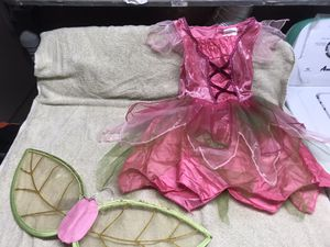Halloween costume size small 4T for Sale in Malden, MA