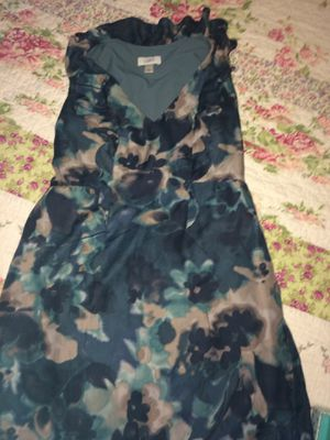 ANN TAYLOR LOFT cute dress size 6 for Sale in South Gate, CA