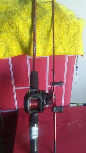 "5'6"" Shakespeare Durango fishing rod and Abu Garcia swedish blackmax2 reel for Sale in San Diego, CA"