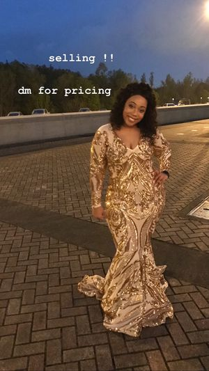 Gold Formal Dress for Sale in Baton Rouge, LA