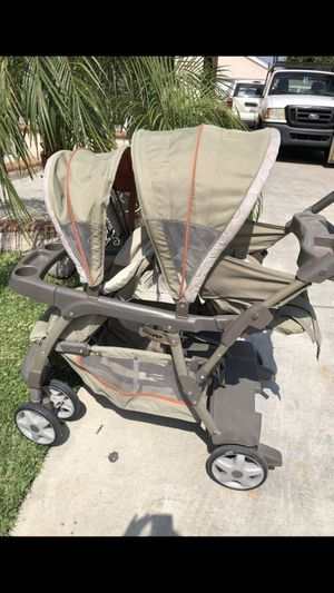 Graco double stroller no car seat for Sale in Los Angeles, CA