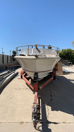 18ft boat for Sale in Los Angeles, CA