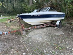 FREE Bayliner Boat and Trailer AS IS for Sale in Vashon, WA