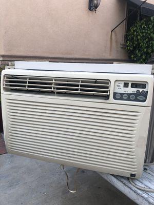 Kenmore 15100 btu air conditioner for Sale in Azusa, CA