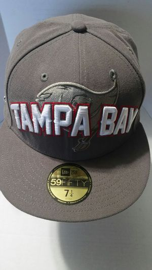 NEW NEVER USED TAMPA BAY BUCCANEERS FITTED SIZE: 7 1/4 (NEW ERA) HAT (59FIFTY) REGULAR $34.99 FINAL PRICE $28.00 FIRM for Sale in Orlando, FL
