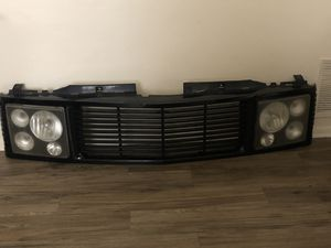 Grill aftermarket for Chevy GMC Escalade LED lights in great shape Open to trades preferably in a Chevy parts who knows surprise me for Sale in Clearwater, FL