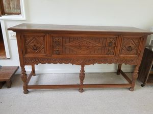 Antique table for Sale in Brooklyn Park, MD