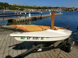 1978 Sailboat. 10' Mini Fish single hull Sunfish style and same manufacturer, Alcort. Hawke Boat Trailer is fully adjustable. $600 for Sale in Mission Viejo, CA