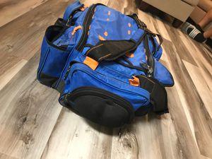 Bass pro shops multi-use bag for Sale in Chandler, AZ