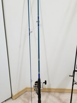 DAIWA SPINNING ROD #212 ACG 6-1/2FT OUTSTANDING COLOR for Sale in Lynnwood,  WA