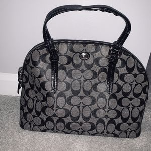 Coach Peyton Signature Cora Domed Satchel Black # F24606 for Sale in Hanover, MD