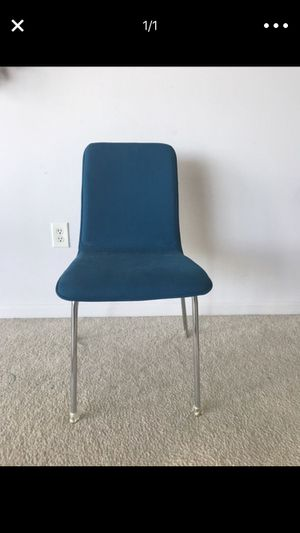 Desk chair for Sale in Tampa, FL