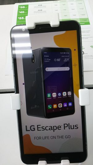 LG Escape Plus for Sale in McKees Rocks, PA