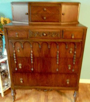 Antique Tall Dresser for Sale in Clifton, NJ