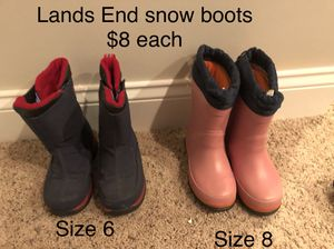 Kids Land's End snow boots size 6 and size 8 for Sale in Naperville, IL