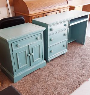 Dresser desk and night stand for Sale in Queen Creek, AZ